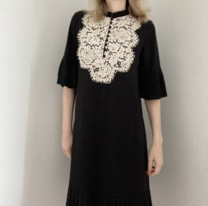 Heine Kleid schwarz weiß Plissee Spitze 36 S