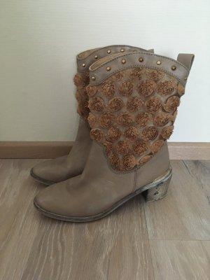 Heine Patrizia Dini Stiefelette Boot Leder taupe grau braun Blumen 40