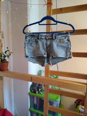 Heiße sommerliche Spitzen Hotpants