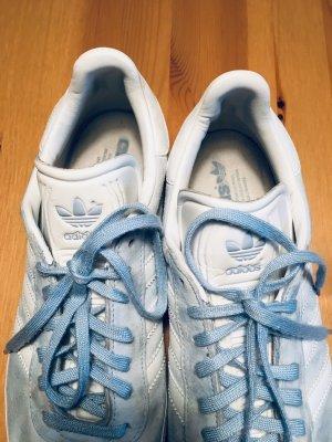 Hell blaue Adidas Sneaker / Turnschuhe Gazelle
