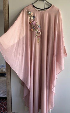 Abito di chiffon rosa chiaro