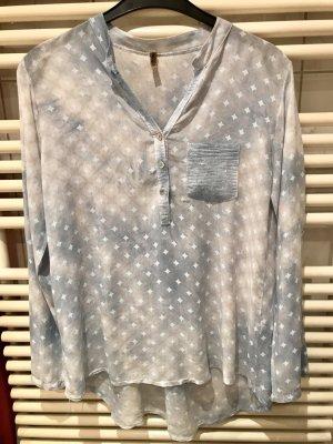 Hellblau Gemusterte Bluse mit Paillettendetails