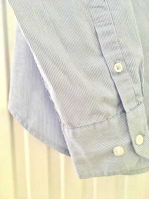 H&M Stand-Up Collar Blouse azure-white