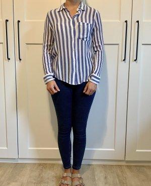 Hellblau-weiß gestreifte H&M Bluse