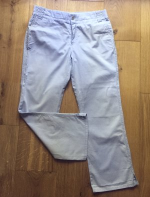 Hellblaue / Babyblaue Caprihose von Mango Jeans