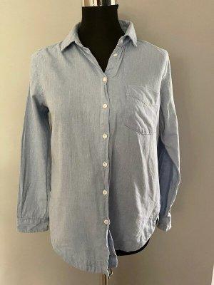 Hellblaue Bluse / Hemd von H&M, Gr. 36/38