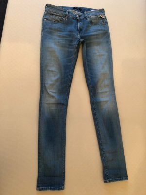 Hellblaue Jeans von Replay in 28