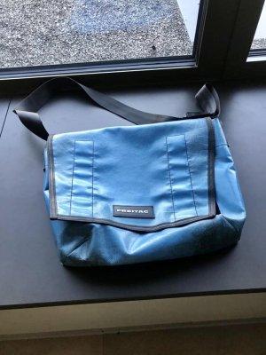 Hellblaue Original Freitag Tasche