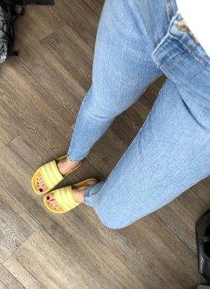 Bershka Jeans skinny azzurro-blu pallido