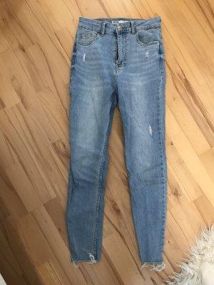 Hellblaue SkinnyJeans 36
