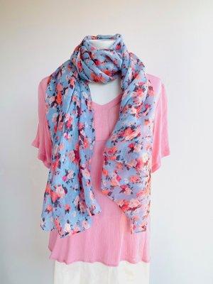 Hellblauer Blumenschal rosa Blumenmuster silberne Glitzerfäden