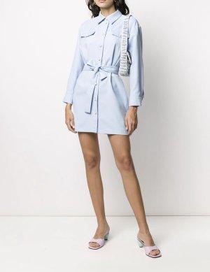 Hellblaues Hemdkleid mit Gürtel