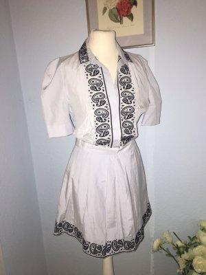 Hellblaues Kleid mit Stickerei aus Baumwolle und Seide