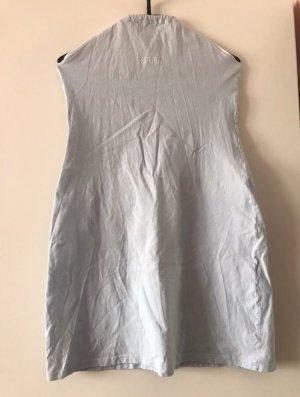 Hellblaues Neckholder-Kleid von Esprit