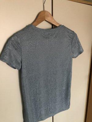 Hellblaues T-Shirt WE
