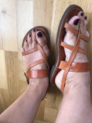 Strapped Sandals cognac-coloured
