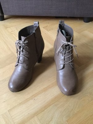 AF Lace-up Booties light brown