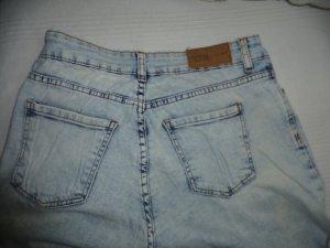 "helle Jeans aus den 80 igern,  sogenannte ""Schimmeljeans"""