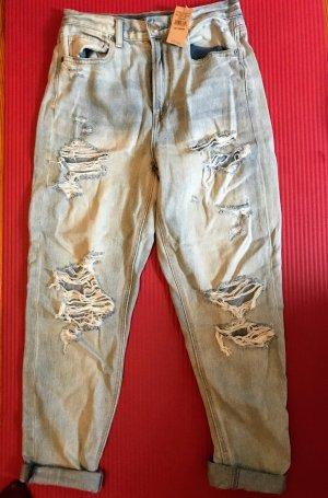 Helle Jeans, hoch geschnitten