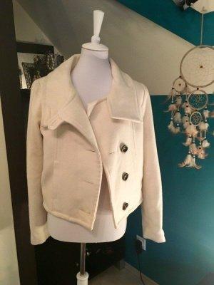Helle kurze Jacke von Zara
