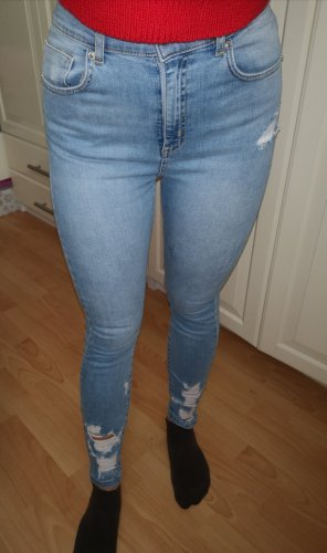 Helle Ripped Jeans