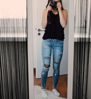 Helle Ripped-Jeans