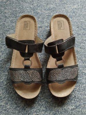 helle Sandalen mit Glitzersteinchen - easy Street - Größe 38