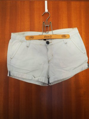 Helle Shorts