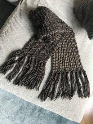 Helles und dunkles Braun, kuscheliger Schal in Zweifarbenstrick, Grobstrick mit Fransen, sehr weich