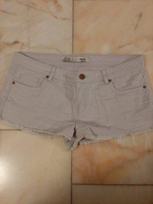 Hellgraue Shorts
