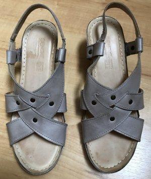 Hellgraue süße, bequeme Sandaletten! Sehr guter Zustand!