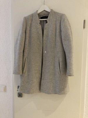 hellgrauer Mantel von Zara Gr.XL