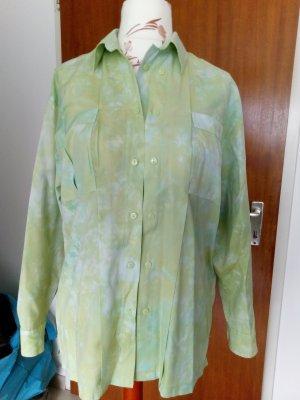 hellgrüne Bluse