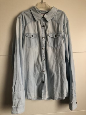 Camisa vaquera azul claro