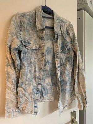 Hemd mit Knöpfen in Wash-Out Optik
