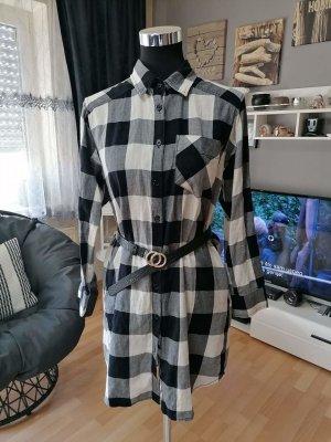 H&M Shirtwaist dress white-black