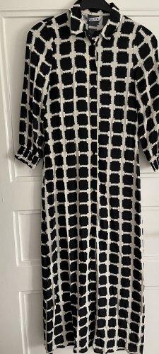 Hemdblusenkleid von Zara