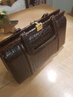 Bolso tipo cesta marrón oscuro