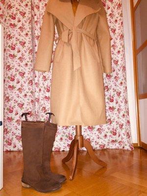 Herbst Outfit Damenkleid Sisley Stiefel Diesel