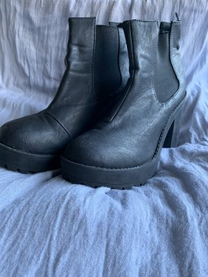 H&M Divided Platform Boots black
