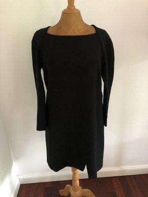 Herbstlich Schwarzes Kleid