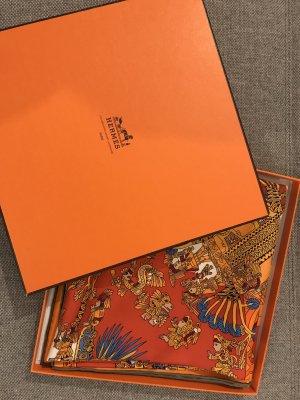Hermès Foulard en soie orange-bleu clair