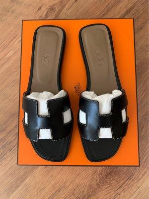 Hermès Sandalo comodo nero Pelle