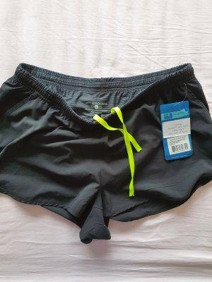 Herren kurze Hose Shorts von Brooks