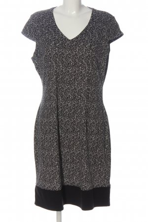 hessnatur Etuikleid schwarz-weiß abstraktes Muster Elegant