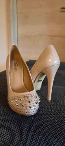 high heel Buffalo girl