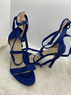 High Heel in Nachtblau