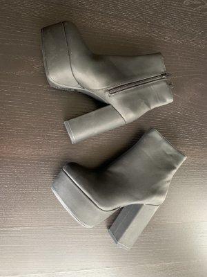 H&M Buty z krótką cholewą z odsłoniętym palcem czarny