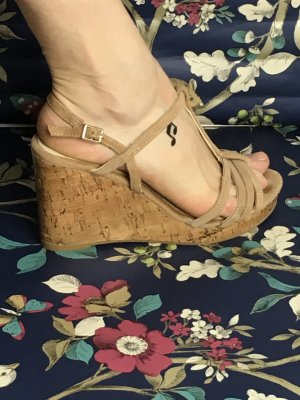 Wedge Sandals beige