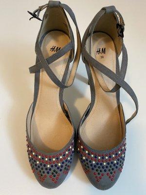 H&M Escarpins à lacets gris